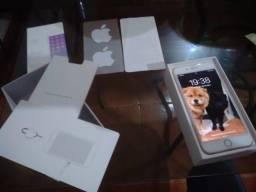 iPhone 8 Plus 64GB (acc cartão)