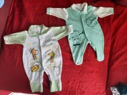 Roupinhas variadas de bebê menino