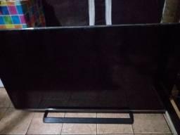 Smart TV 40 polegadas com defeito na tela