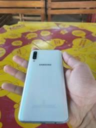 Samsung A50 zero do fundo branco   carregador   menos   fone