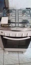 Vendo esse fogão fucionando tudo
