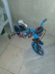 Vendo bicicleta de menino !