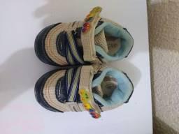 Lote de sapatos menino