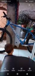 Boa tarde pessoal de barreiras .furtaram minha bicicleta na Santa Luzia na noite de ontem,