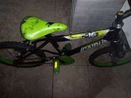 Vendo uma bicicleta aro 16 seminova