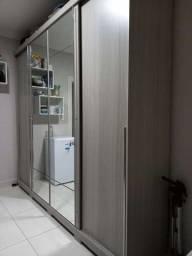 Guarda roupas 4 portas com espelho