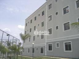 Apartamento com 2 dormitórios para alugar, 50 m² por R$ 700/mês - Shopping Park - Uberlând