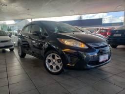 Ford New Fiesta Hatch SE 1.6, Impecável, Pneus Novos, Sem Detalhes