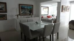 Apartamento 3 quartos com vaga próximo ao Centro de Petrópolis