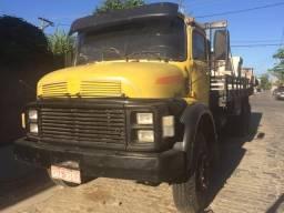 Caminhão 1519 motor e caixa originais