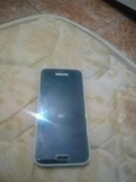 Celular S5 mini.