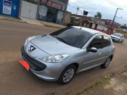 Vendo Peugeot 1.4 207 seminovo 2011 Abaixo da fipe - 2011