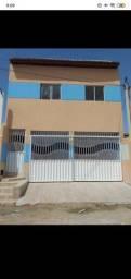 Casa em Mossoró com 2 apartamentos em cima