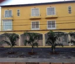 Apt na Vicente Pires - Rua 10A, Chácara 123, Lote 6