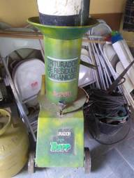 Vendo triturador de resíduos - capineira