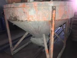 Funil para concreto (usado)