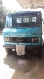 Mercedes benz/L 708 E ano 1988