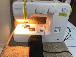 Maquina de costura elgin. 3x250$