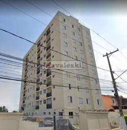 Apartamento vago e reformado ao lado do metrô - 2 dormitórios 1 vaga - Somente 355.000,00