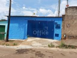 Casa com 2 dormitórios para alugar, 75 m² por R$ 550,00/mês - Jardim Nações Unidas - Anápo