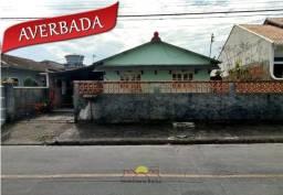Casa Averbada com 03 Quartos no Adhemar Garcia