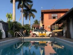 Casa encantadora em Piratininga, 3 quartos, 1 suíte, terreno inteiro! R$690.000,00