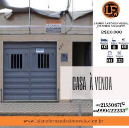 Casa à Venda com 02 Quartos, em ótima localização no bairro Antônio Vieira