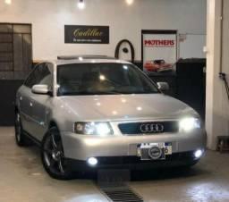 Audi a3 1.8t com teto solar e xênon