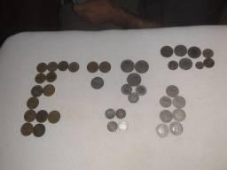 Vendo moedas de réis