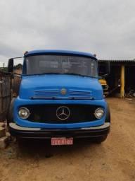 Mercedes 1113 ano 66