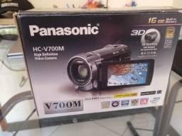 Câmera Panasonic 16GB HC-V700M Full HD Camcorder