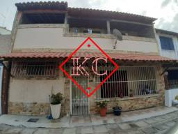 Charmosa casa em condomínio na Ville Blanch com 4 quartos