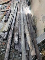 Escoras de madeira