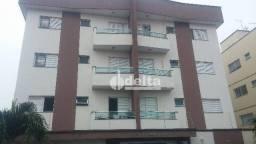 Apartamento com 2 dormitórios para alugar, 60 m² por R$ 850,00/mês - Santa Mônica - Uberlâ