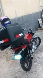 Baú para moto com suporte 135 litros fortec