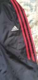 Calça Adidas Climacool tamanho M, forro interno, bolso traseiro, quase zero km