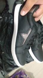 Sapato novinho na caixa