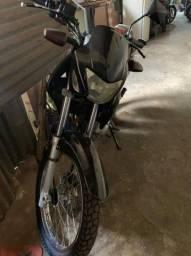 Vendo moto falcon 2006