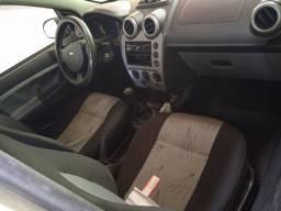Ford Fiesta 08 Completo