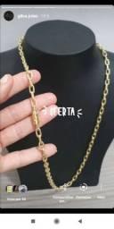 Jóias feitas de moeda antiga cor idêntica ao ouro
