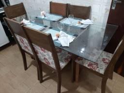 Mesa de jantar com tampo de vidro temperado de 6 cadeiras