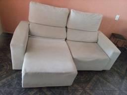 Sofa retrátil pequeno
