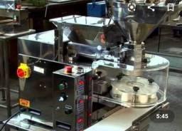Máquina de coxinha indiana