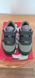 Tênis infantil Nike tamanho 24/25
