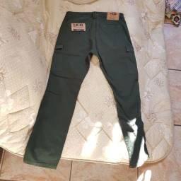 Vendo calça  original MCD verde escuro edição limitada