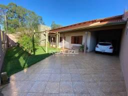 Casa com Piscina no Jardim Santa Rosa