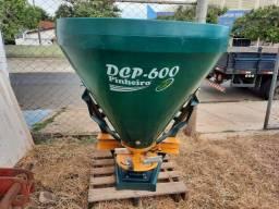Distribuidor de Calcário 600 kg Pinheiro
