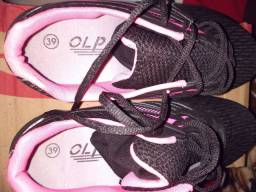 Tênis  feminino novo