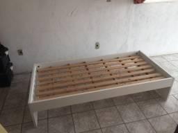 Cama com cama auxiliar MDF nova