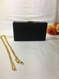 Clutch preta e dourada